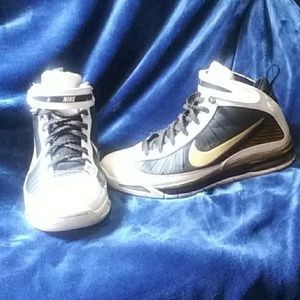 Nike Air Max basketball high tops